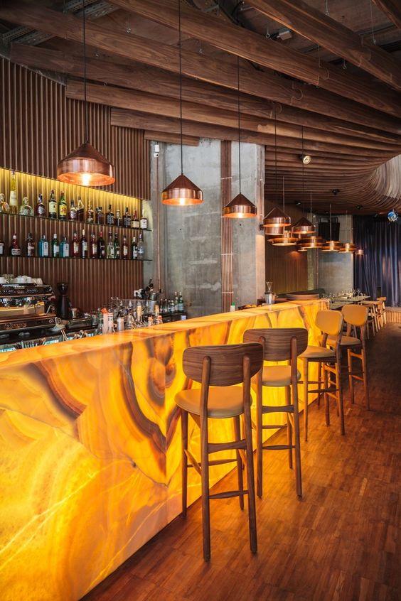 Các vật liệu tốt nhất cho bàn Bar: Đá granit, đá cẩm thạch và hơn thế nữa