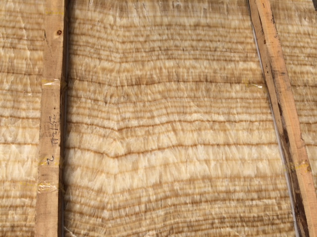 light honey onyx
